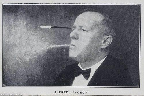 سیگار کشیدن با چشم
