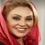 تصویری از نسرین مقانلو بازیگر ایرانی در کنار عمه اش