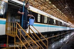 تصاویری از کارواش مترو در تهران