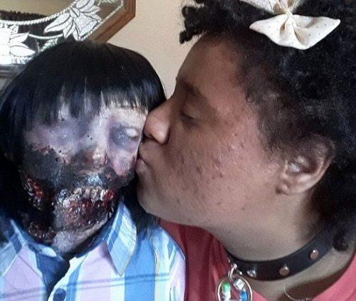 ازدواج با عروسک