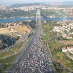 بزرگترین ترافیک جهان در چین که در آن ۳ نفر فوت و ۲ نفر به دنیا آمدند