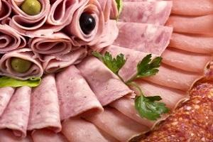 عوارض مصرف سوسیس و کالباس بر بدن