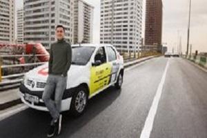 حرکت تحسین برانگیز راننده تاکسی در ایام محرم