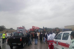تصاویری از واژگونی اتوبوس دانش آموزان در تبریز