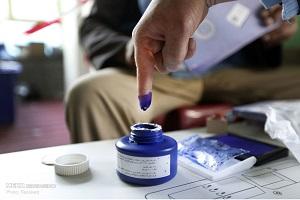 حمل صندوق های رای با الاغ در انتخابات پارلمانی افغانستان