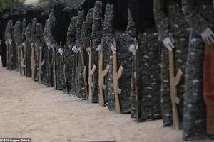 تصاویری از رژه زنان مسلح فلسطینی