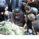 هجوم سلفی بگیران به مراسم ختم زنده یاد بهرام شفیع