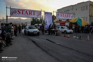مسابقات اتومبیل رانی با شرکت رانندگان زن