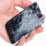 شکستن تلفن همراه دانش آموزان در گابن
