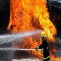 تصاویری از حادثه آتش سوزی وحشتناک در خیابان فرشته