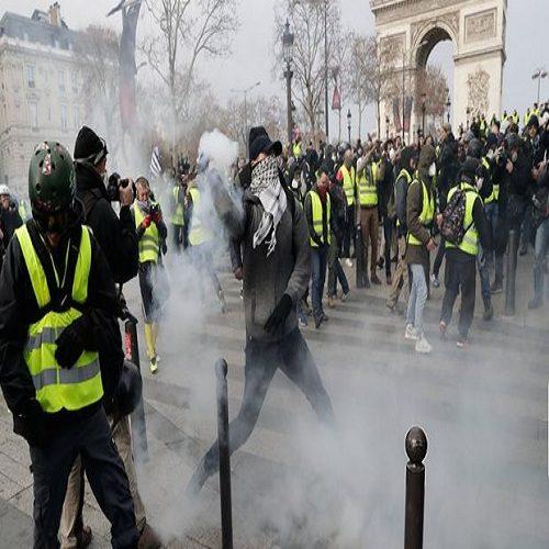 حضور بازیگران معروف فرانسه در میان معترضان