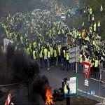 تصاویری از رژه موتورسواران جلیقه زردها