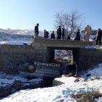 تصویری از سقوط سرویس مدرسه دانش آموزان از روی پل