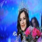 آتش گرفتن ملکه زیبایی روی صحنه در مراسم تاجگذاری + عکس