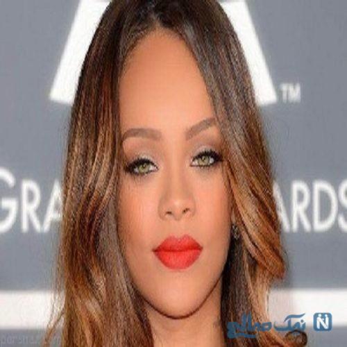 ریحانا ؛ خواننده معروف از پدرش شکایت کرد !