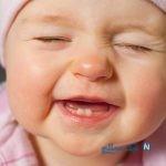 تولد نوزاد دختر با وجود یک دندان در دهانش