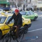 رکابزنی شهردار تهران با کارگران شهرداری + عکس