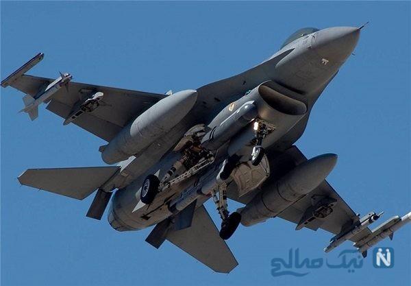 لحظه ایجکت کردن خلبان جنگنده پیش از سقوط + فیلم