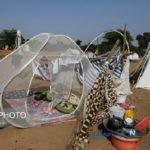 زندگی سیل زدگان در زیرچادر با گرمای ۴۴ درجه در ماه رمضان