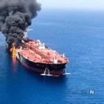 نخستین فیلم از آتش گرفتن دو نفتکش در دریای عمان