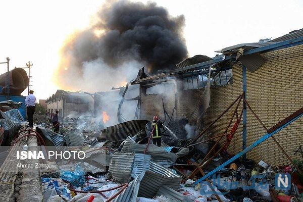 آتش سوزی کارخانه تولید خوراک دام در شهرک شکوهیه قم