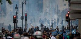 تظاهرات در خیابان شانزه لیزه همزمان با روز ملی فرانسه