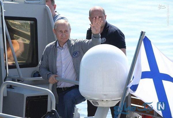 رئیس جمهور روسیه در عمق ۵۰ متری دریا