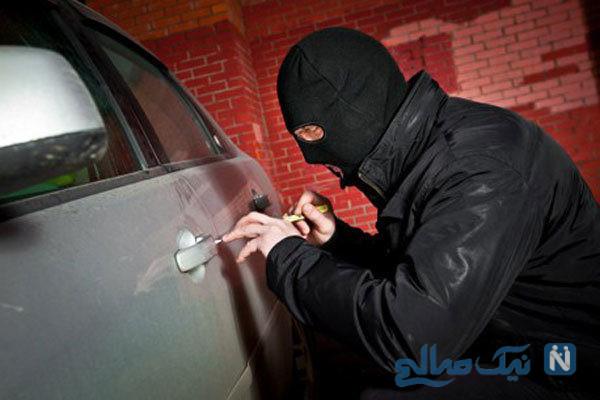 سرقت حرفه ای یک زن از خودروی زانتیا