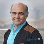 زانو زدن سیاوش چراغی پور بازیگر لیسانسه ها مقابل همسرش