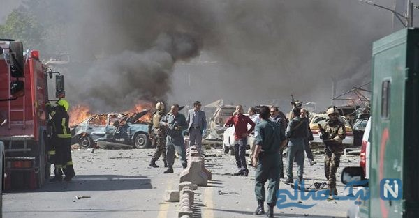 عکس دردناک کودک زخمی شده در انفجارهای روز گذشته کابل