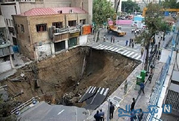 تعجب مردم از فرو رفتن ماشین در زمین