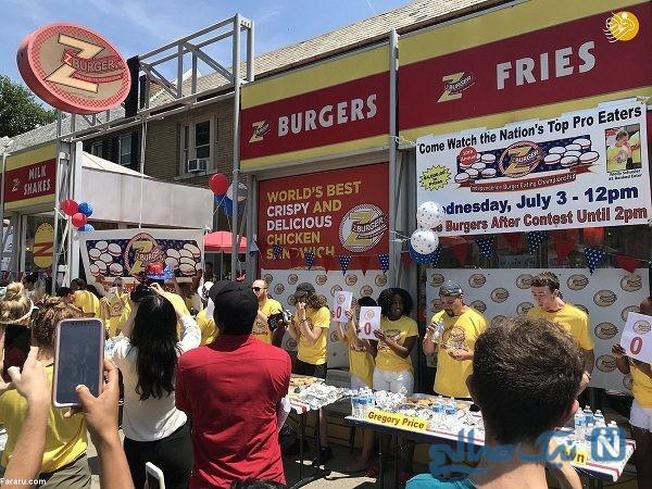 تصاویری جالب و دیدنی از مسابقه همبرگر خوری