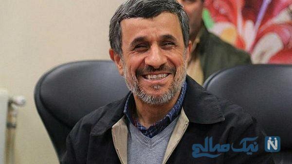 عکس یادگاری مهمانداران هواپیما با محمود احمدی نژاد در بابلسر