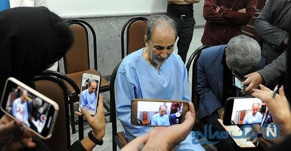 اولین عکس منتشر شده از ورود خانواده نجفی به دادگاه