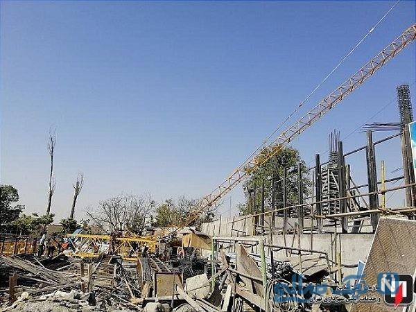 تصاویری وحشتناک از حادثه سقوط جرثقیل در مینی سیتی