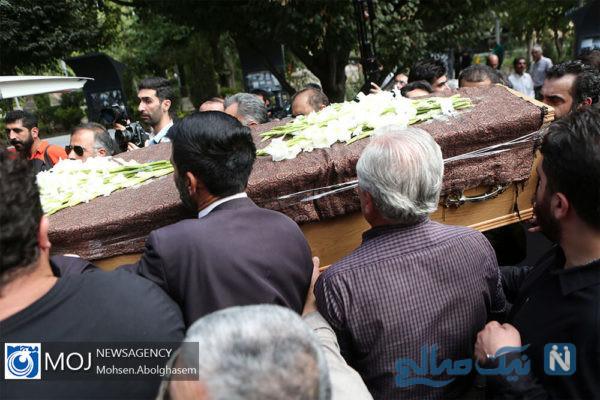 مراسم تشییع داریوش اسدزاده