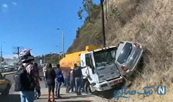 تصادف وحشتناک تریلی با خودرو