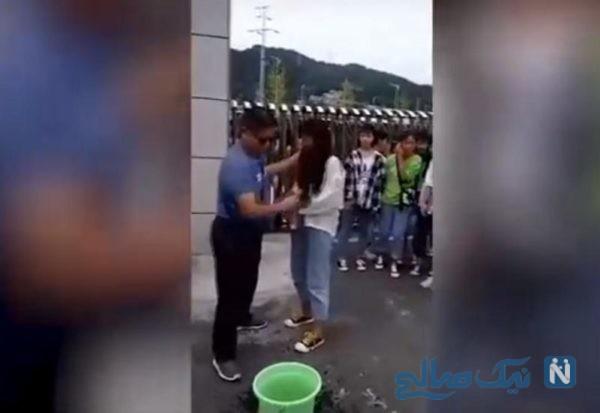 رفتار عجیب معلم