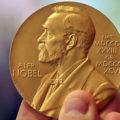 عکس العمل برنده جایزه نوبل فیزیک لحظه خواندن خبر برنده شدنش