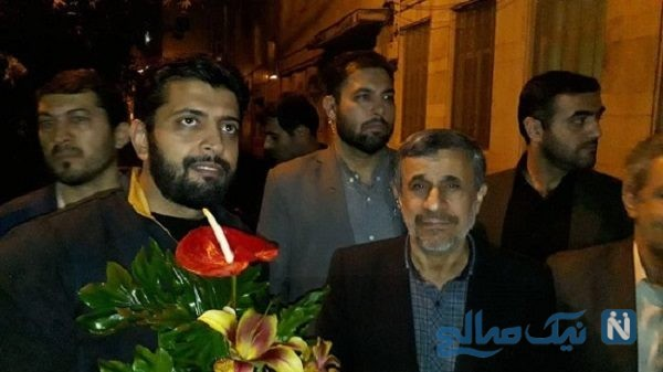 جشن تولد احمدی نژاد در میان جمع هواداران در نارمک