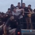 حادثه برای بازیکنان فوتبال | سقوط وحشتناک از سقف کامیون