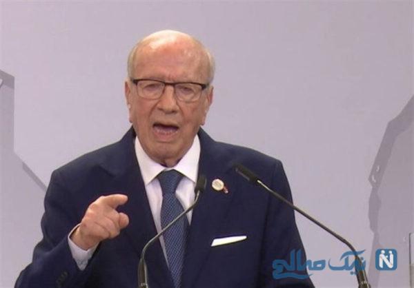 رئیس جمهور تونس سوار بر خودروی ساخت ایران