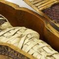 زنده دفن شدن یک کودک و پیدا شدن مومیایی آن پس از سالها