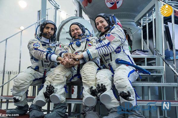 لباس عربی فضانورد اماراتی در ایستگاه بین المللی فضایی