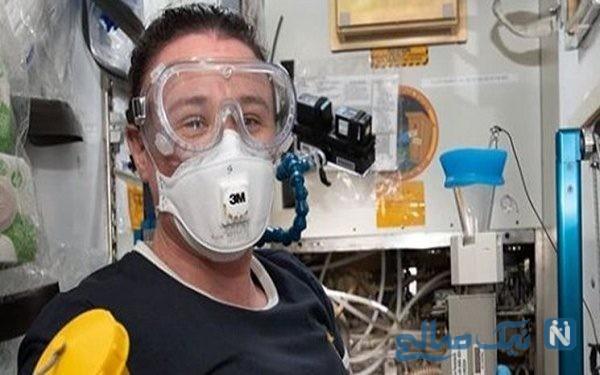 این زن فضانورد ناسا در فضا مهندسی و لوله کشی می کند !