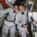 اولین پیاده روی زنان فضانورد