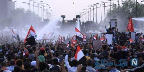 نوشته جالب پشت یک سهچرخه در جریان اعتراضات در عراق