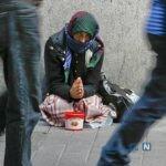 افراد بیخانمان را دیدید به ۱۳۷ زنگ بزنید