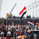 ویدئو , اعدام وحشتناک جوان ۱۶ ساله عراقی به دست معترضان +۱۶