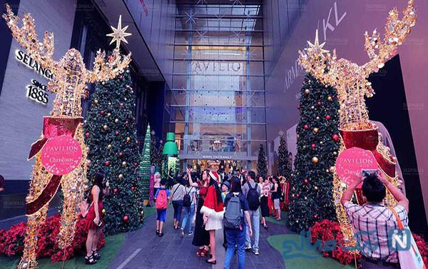 پز دادن بچه پولدار های اینستاگرامی به مناسبت کریسمس